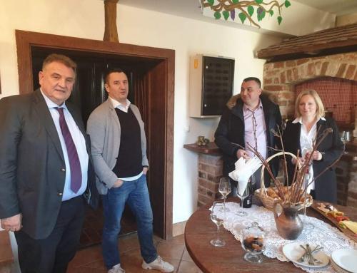 Započelo prikupljanje uzoraka vina 18. Decanter World Wine Awards