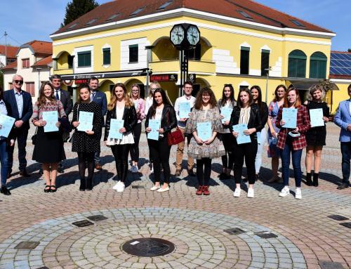 Rotarijanci tradicionalno podijelili novčane nagrade najboljim učenicima i studentima