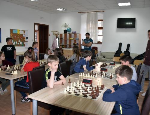 Uskrsni turnir u šahu za djecu
