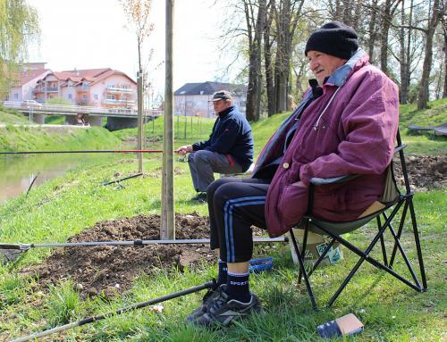 Franjo Baranić strastveni je ribič, svoje prve zamahe vježbao je na Plitvici